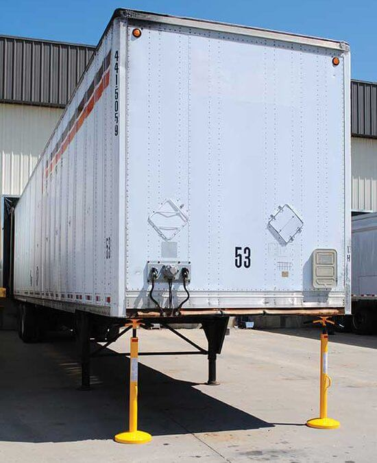 Can the container be installed in a loading bay?